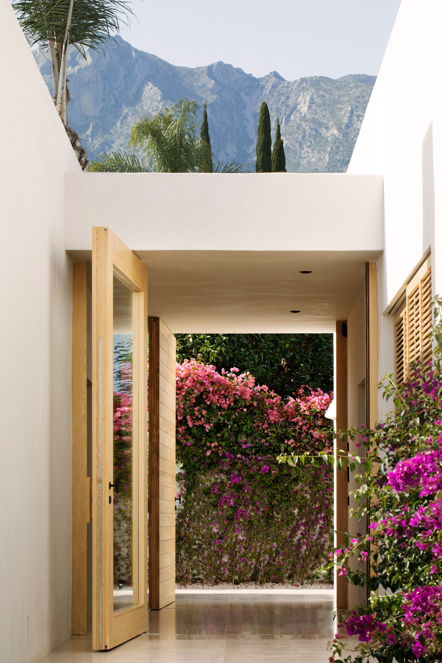 Febrero Studio Casa Marbella Spanish Architecture Photo German Saiz Yellowtrace 06
