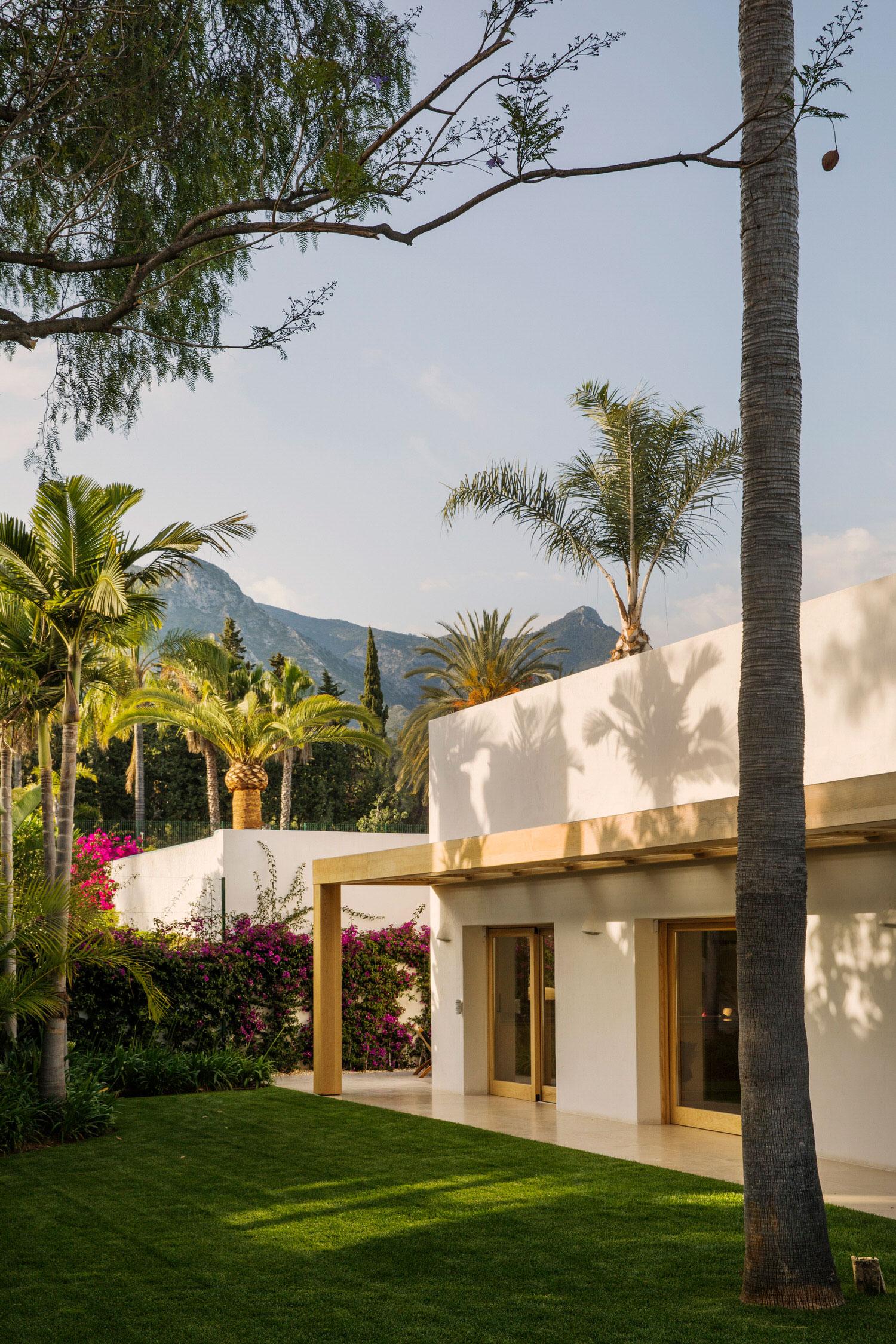 Febrero Studio Casa Marbella Spanish Architecture Photo German Saiz Yellowtrace 35