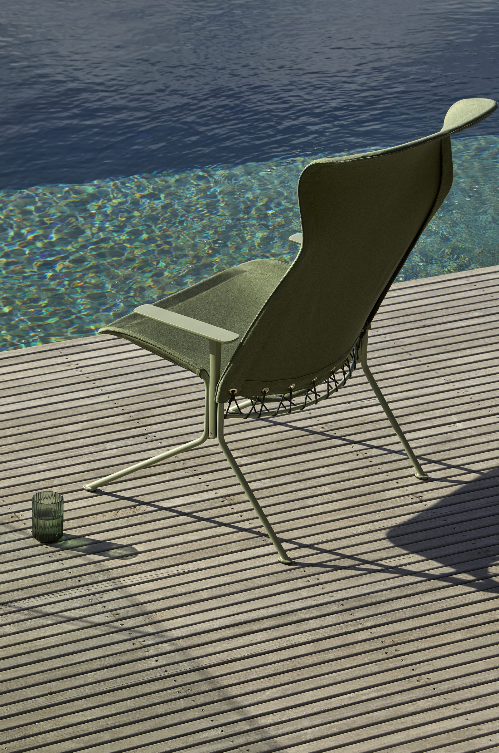 Tait Zephyr Lounger High Back With Arms Bankisa Leaf Textured Sunbrella Fern Yellowtrace
