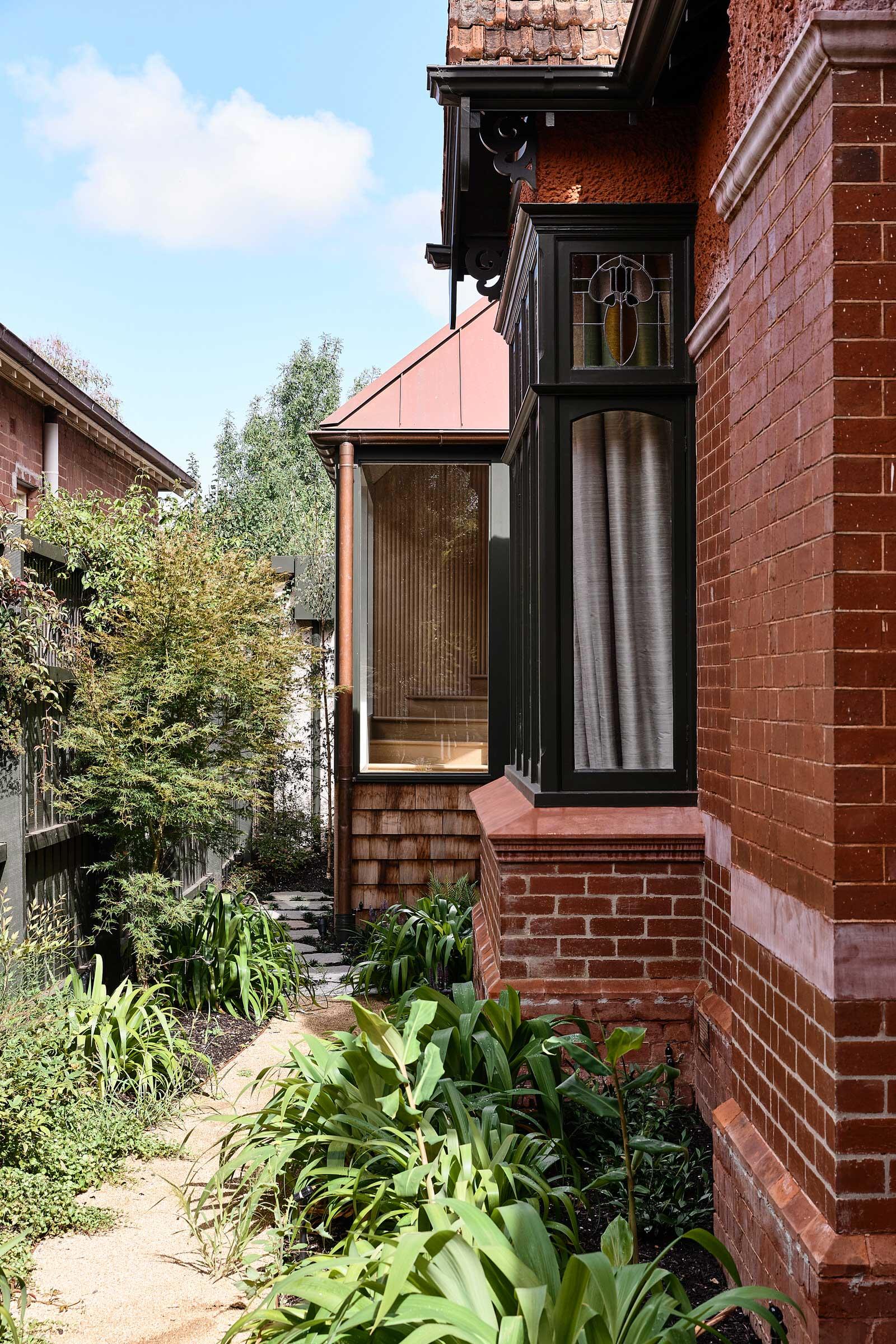 Kennedy Nolan Elsternwick House Melbourne Residential Architecture Photo Derek Swalwell Yellowtrace 02
