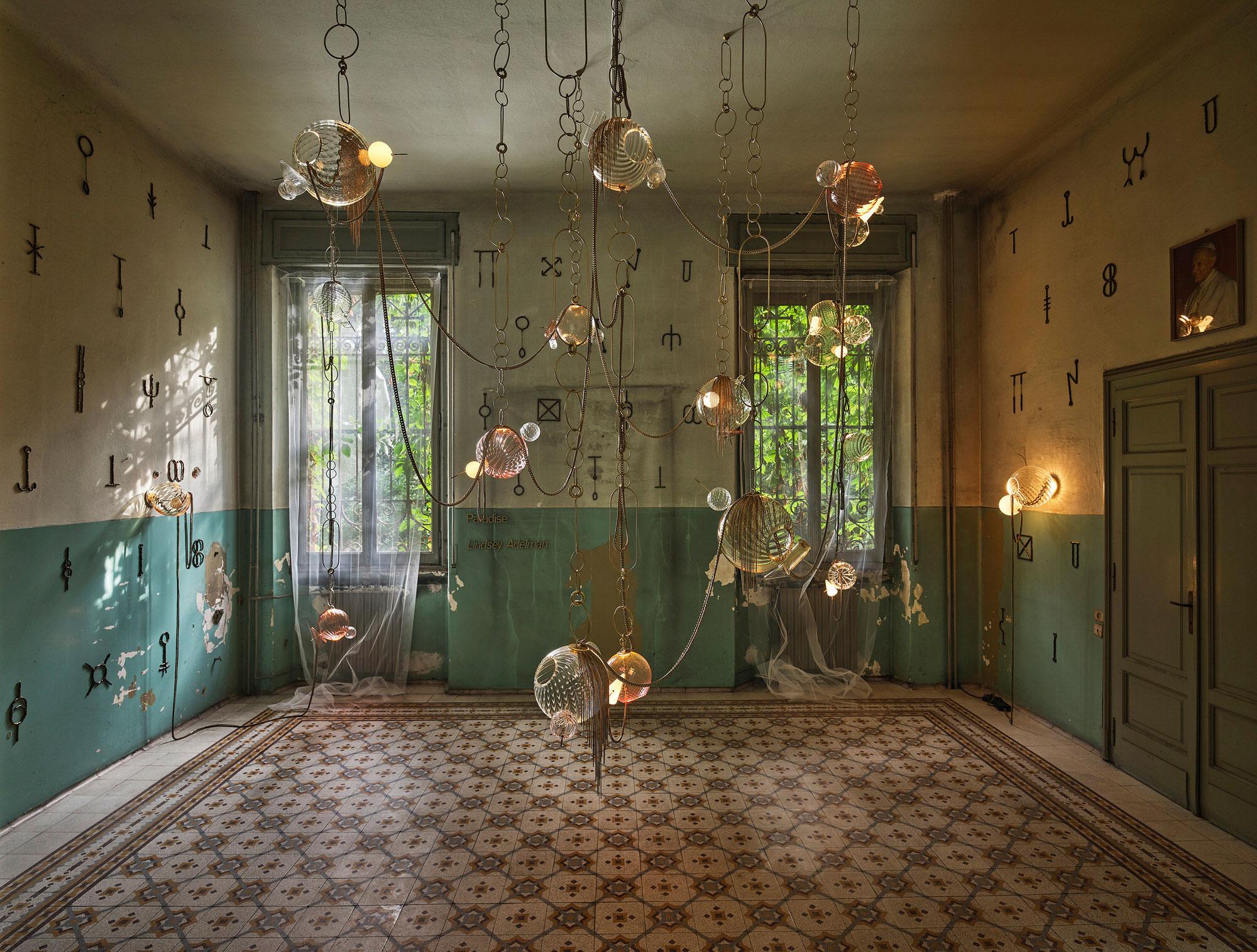 Lindsey Adelman Paradise Installation Alcova Milan Design Week 2021 Photo Matteo Imbraiani Yellowtrace 01