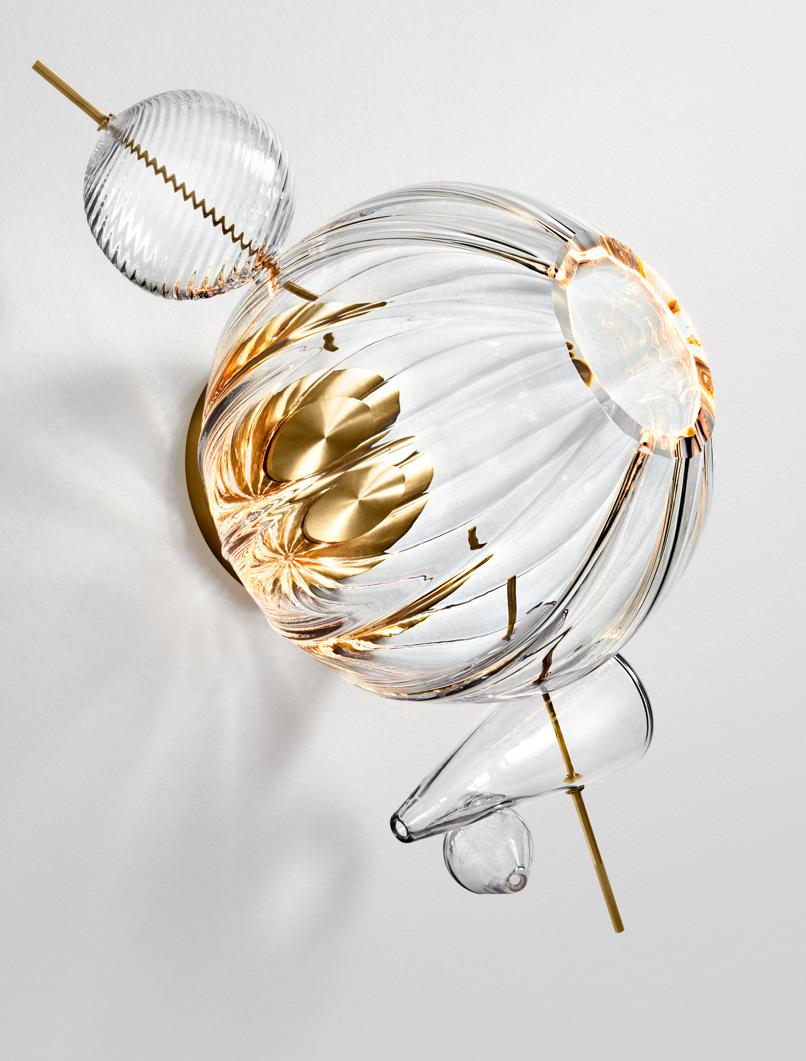 Lindsey Adelman Paradise Bauble Sconce Photo Nigel Cox Yellowtrace