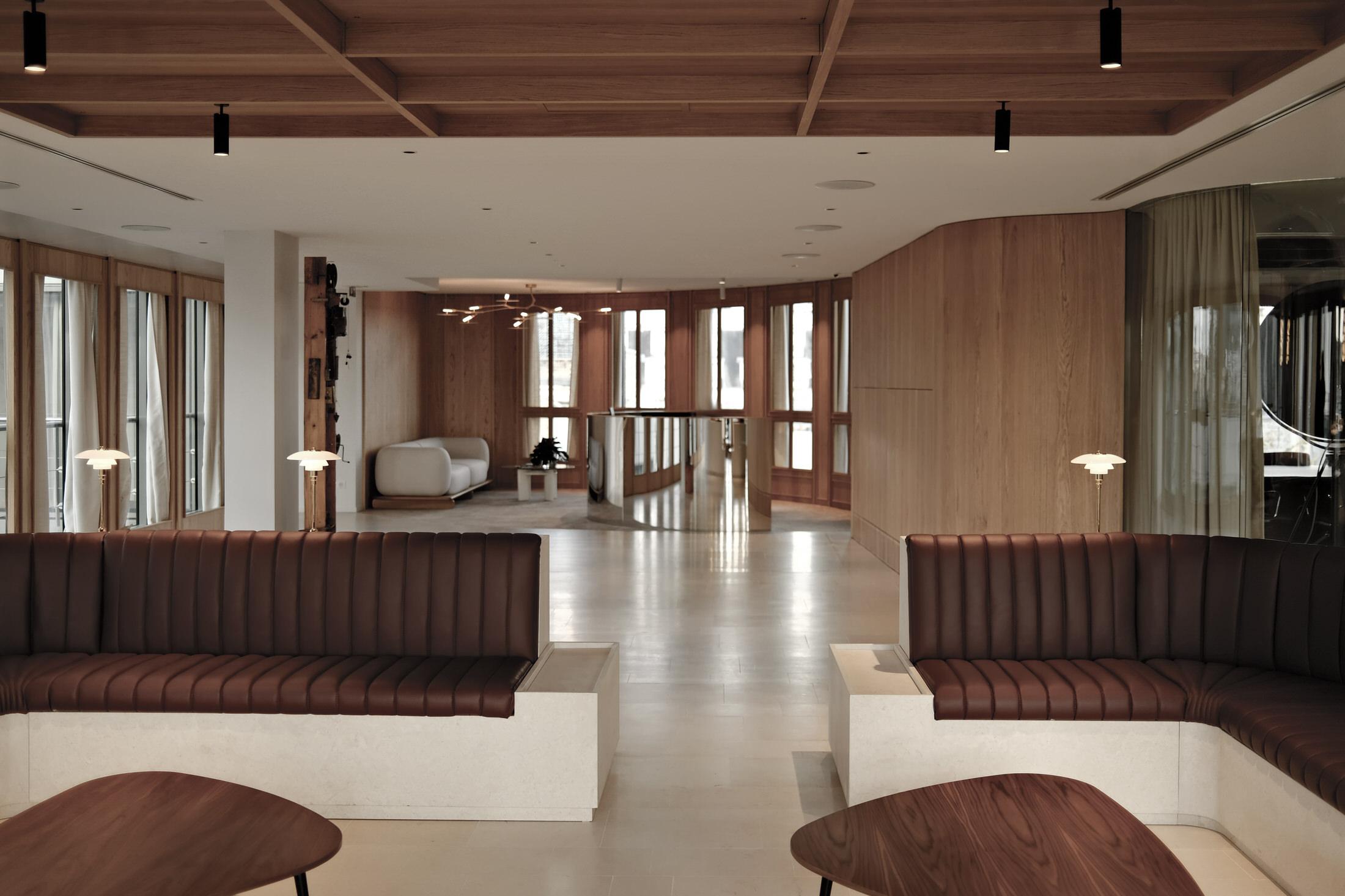 Hauvette Madani Matignon Office Accueil Photo Lucas Madani Yellowtrace 07