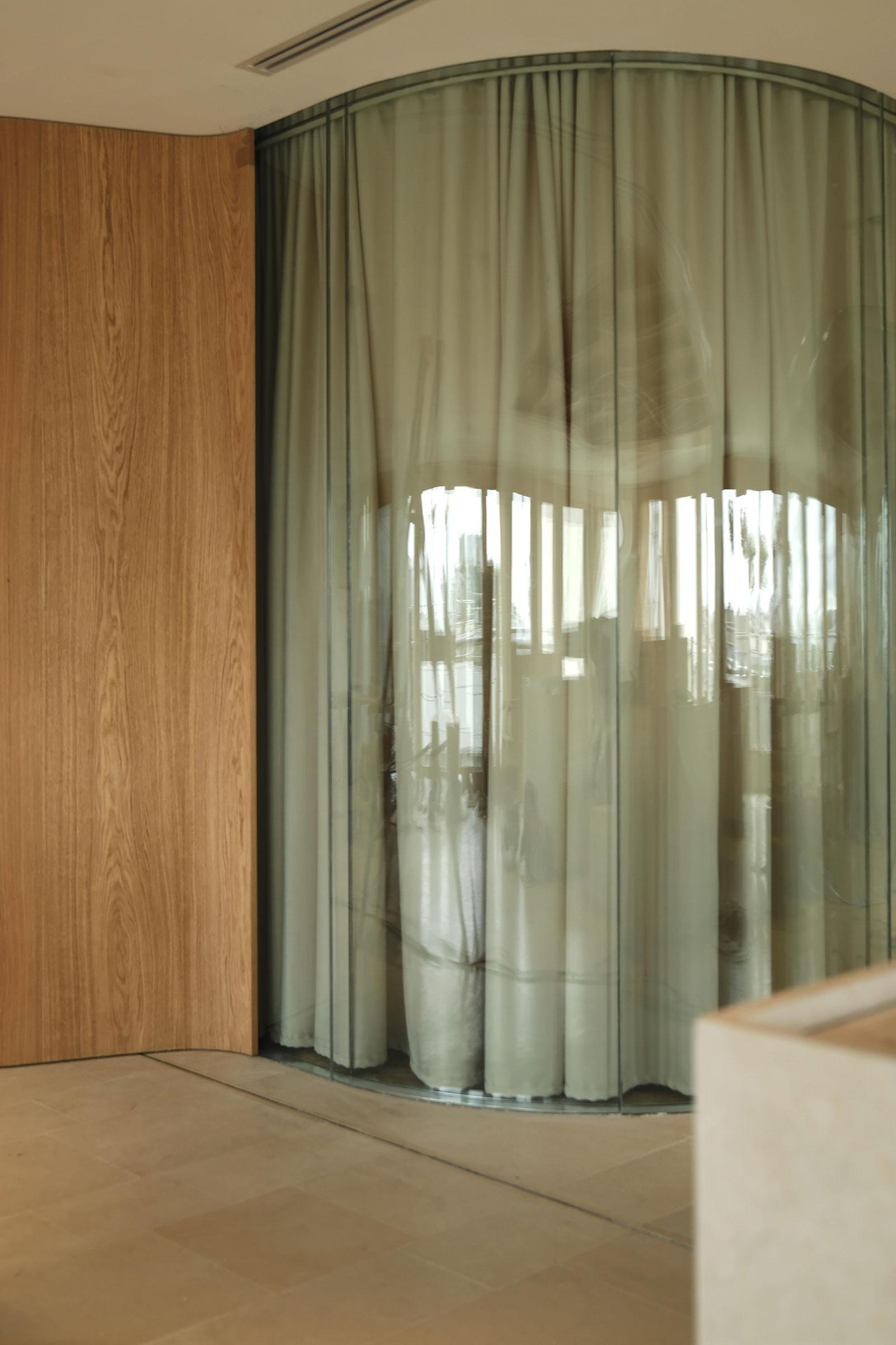 Hauvette Madani Matignon Office Accueil Photo Lucas Madani Yellowtrace 08