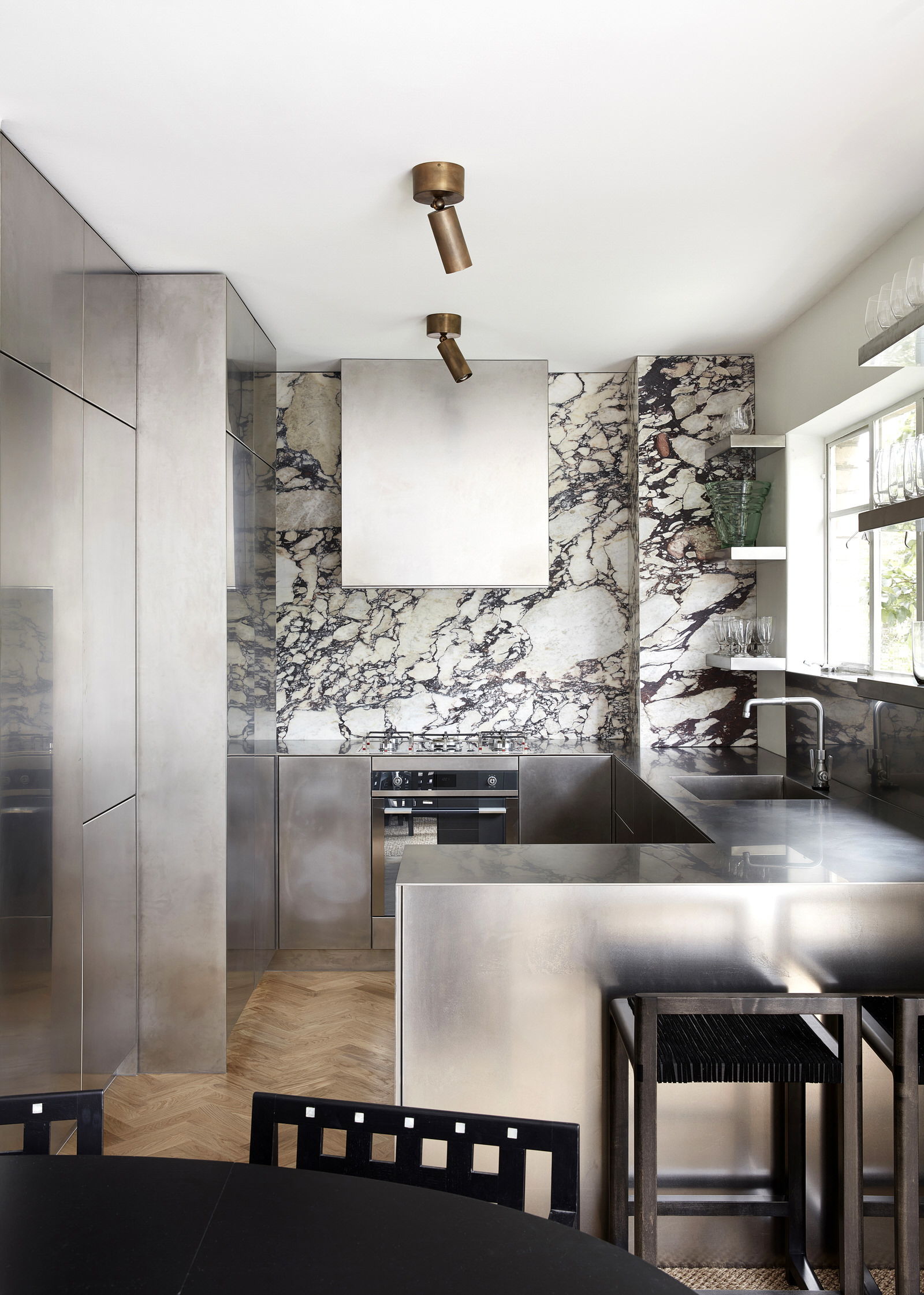 Tamsin Johnson Treehouse Domain Rd South Yarra Luxury Home Photo Sean Fennessy Yellowtrace 04