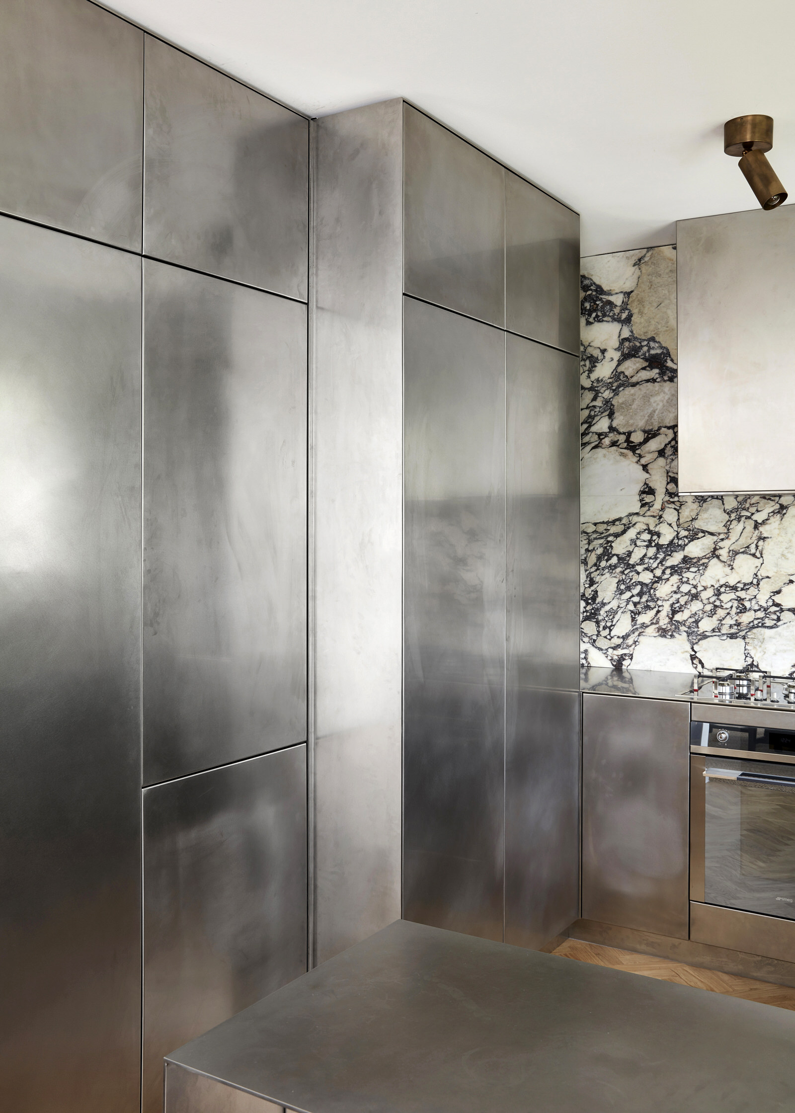 Tamsin Johnson Treehouse Domain Rd South Yarra Luxury Home Photo Sean Fennessy Yellowtrace 05