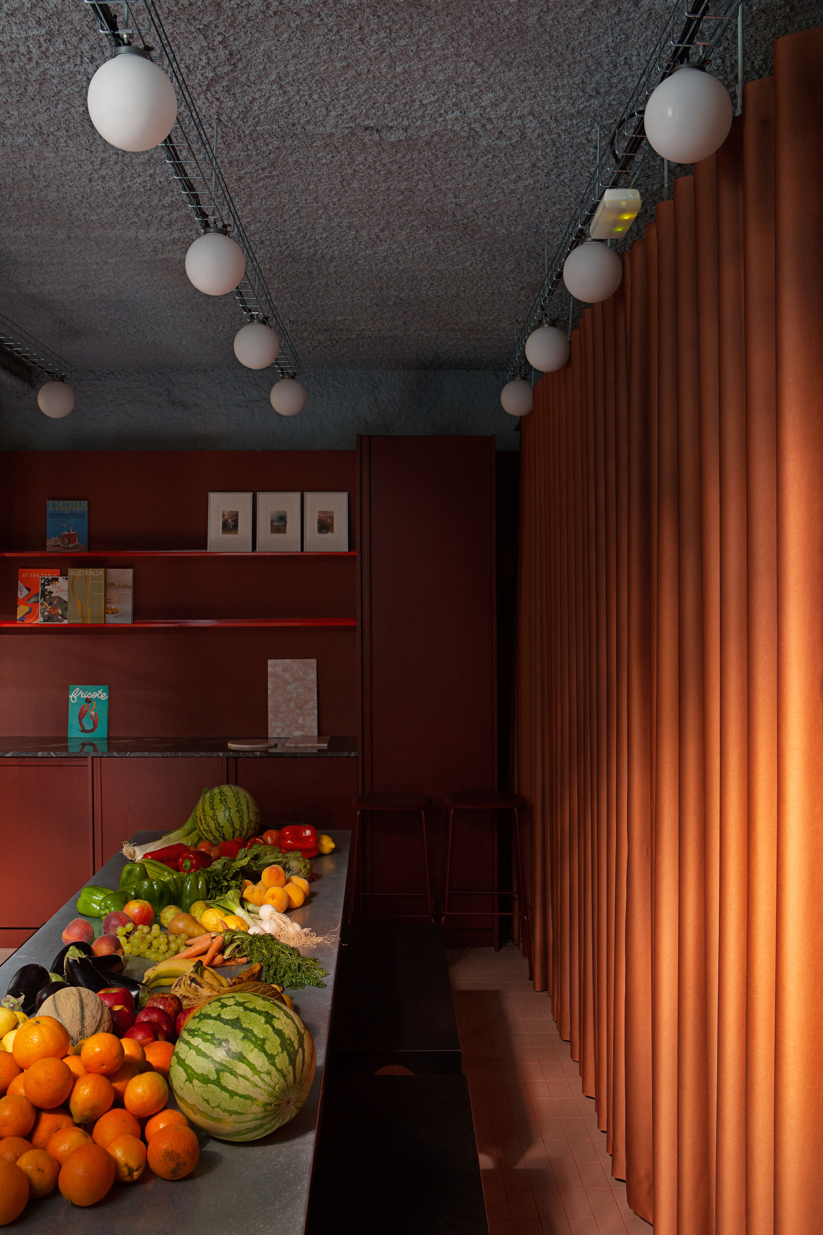 Plutarco Design Office Madrid Hecho Store Photo Asier Rua Yellowtrace 08