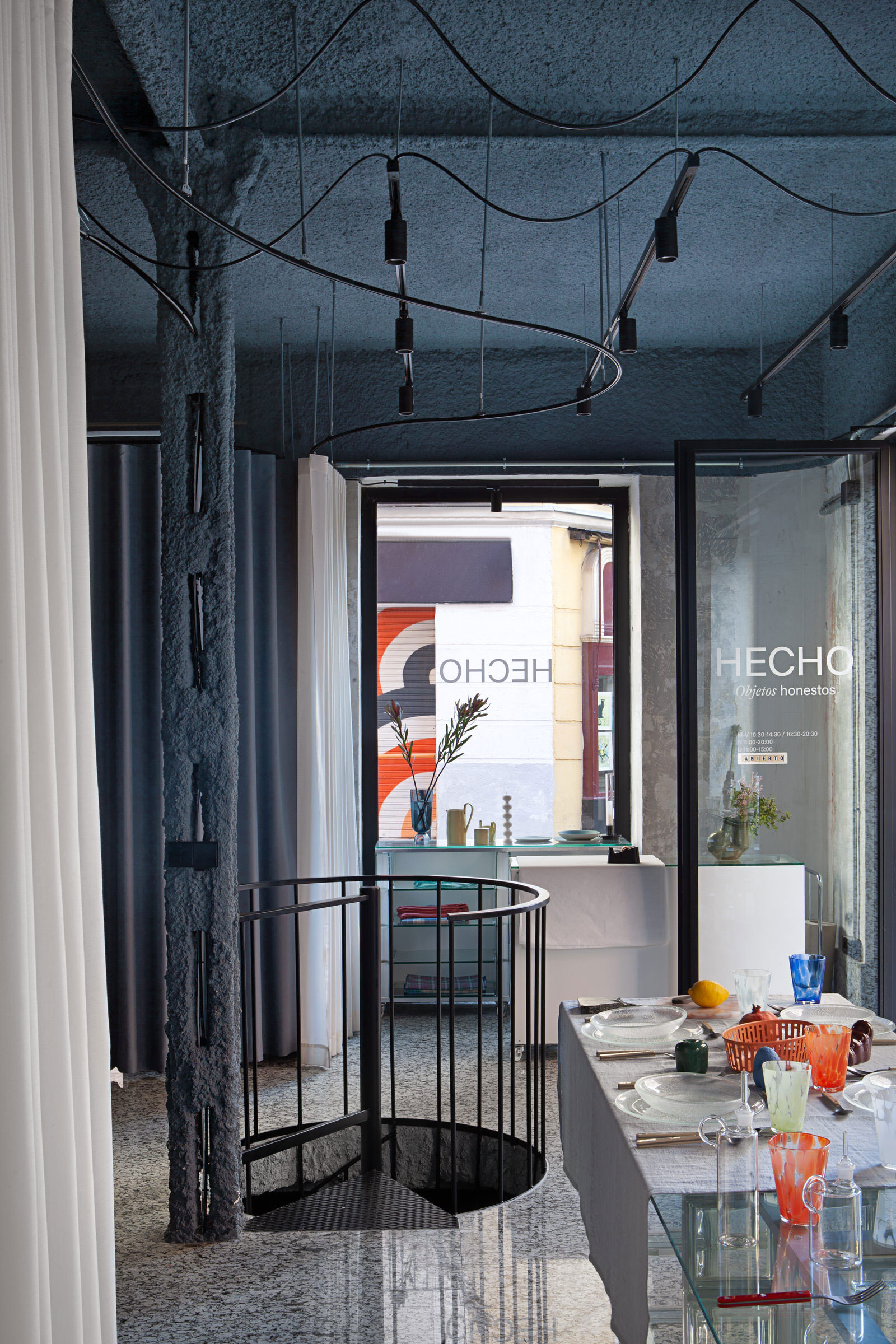 Plutarco Design Office Madrid Hecho Store Photo Asier Rua Yellowtrace 19